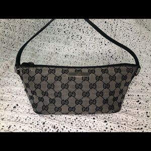 ✨ VINTAGE ✨ Authentic Mini Gucci Shoulder Bag